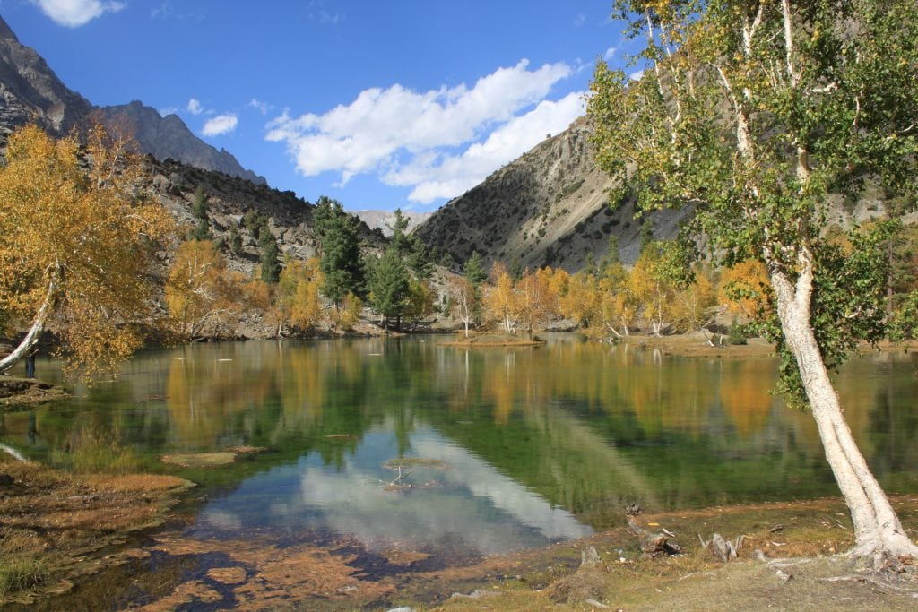Naltar_lake_in_Autumn,_Gilgit